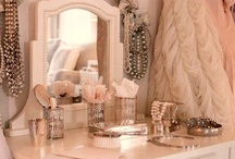 Makeup Studio / Dream Makeup Spaces / by Lorraine
