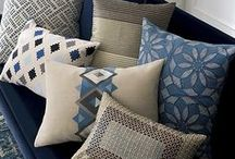 Pillow Toss / Want an instant room makeover to compliment a new season? Swap out your pillows!