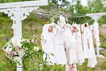 Country Clotheslines / While perusing this board, if you notice a duplicate pin, PLEASE comment it to me. I will delete the offender. I dislike repeating myself but sometimes it happens. / by Christa Gettys