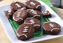 Super Bowl Party Ideas & Football Invitations / Super Bowl Party food ideas, Super Bowl Party Invitations, Football Party Invitations, Supplies, & Football Food Ideas