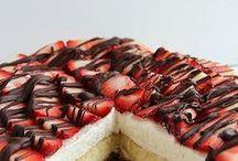 Favorite Desserts / by Sharon Franks
