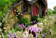 Treehouses and doll houses / by Janice Weinhold
