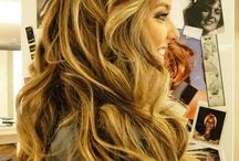 Cool Hair / by Esther Ochoa