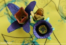 Recycling & craft: flowers / by Mammabook
