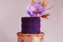Cakes / by Danielle Sawicki