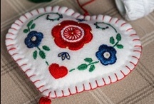 Sewing Up Your Crafting Fun / Here you will find all sorts of sweet looking crafts that involve some sewing!!