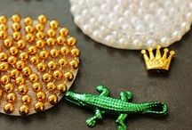 Mardi Gras Party Ideas / DIY Mardi Gras ideas, costumes, beads, and party ideas!