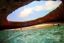 Favorite vacation spots / by Mayra Fitch