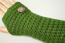 crochet WRISTERS/GLOVES