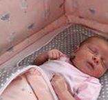 Babyausstattung von HOBEA / Die Bettausstattung von HOBEA-Germany sind in verschiedenen Farben und Designs erhältlich.  Babybettwäsche, Kinderbettwäsche und Nestchen sorgen für einen kuscheligen und traumhaften Schlaf :)