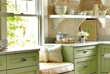 Kitchen / by Donna Gerald