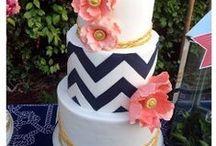 Cake/Cupcake Decorating Ideas / by Jill Ball