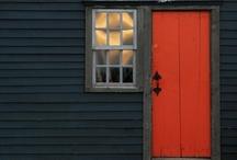 Smallish Houses / by Robert Hudson