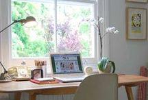 Workspace / De werkkamer / craftroom. De plek waar ik m'n blogs schrijf en knutsel met de kids. Een ruimte die goed is ingericht overzichtelijk, om met een greep te kunnen pakken wat je nodig hebt.