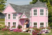 Amish Playhouses / The Amish are world renowned for their craftsmanship.  These beautiful playhouses are no exception.