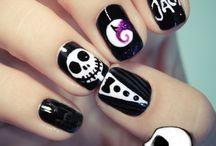 Get ya nails did  / by Victoria Everett