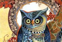 Owls / Photos of owls and owl art.