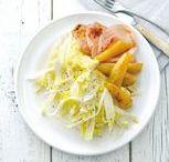 Recepten met witlof / Wist je dat Witlof als eerst door de Vlamingen geteeld werd? Vandaar de naam Brussels lof. Met ham en kaas uit de oven is een klassieker, maak hem ook eens zoet met honing. Of probeer witlof eens in een salade!