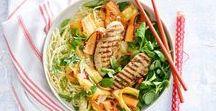 Recepten met wortel / Dat groenten zoet zijn bewijst de bospeen maar weer. Haal de loof van de wortels eraf bij aankoop en ze blijven wel een week goed. Koken, bakken, wokken en stoven. Klein en groot, alles kan met de bospeen!
