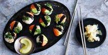 Sushi recepten / Sushi time! Van zalm, van tonijn, van fruit. In een bowl, als wafel, of als balletje voor bij de borrel. Op deze pagina gaan we helemaal los met deze favoriet uit Japan. Let op: sushilovers only!