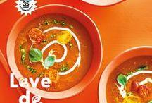 Allerhande magazine april 2018 - Leve de keukenkoning(in) / Oranje boven! Leve de keukenkoning(in)! Want Koningsdag komt eraan. Tijd om te bakken en te borrelen. En als we dan toch de smaak te pakken hebben, koken we de rest van de maand vrolijk door. Van verse soepen tot verrassend simpele plaattaart met groente. Ook asperges staan in de spotlights. En pindakaas. Die smeer je allang niet meer alleen op je boterham!