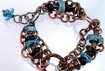Jewelry - (em)Brace let's