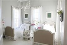 HoUsE ToUrs... / tours of homes / by SHaBbY StOrY