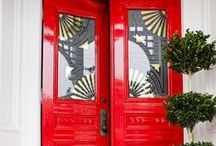 DOORWAYS / We can't resist a beautiful doorway...