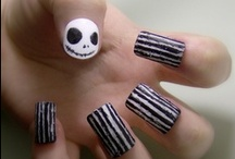 Halloweeen! / Halloween makeup, costumes and Halloween nail art!