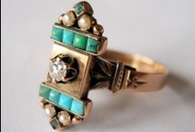 bijoux anciens #3 ♥♥♥ / take every pin you like, but please be reasonabable... :) / by Carole Grant
