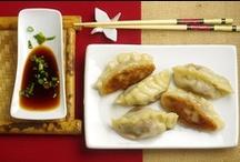 Food - Asian / by Lia Huem