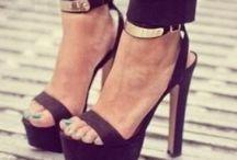 Shoeses / by Christina Sherwood