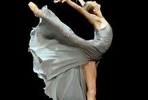 Beautiful dancers / Ballet. Dance.