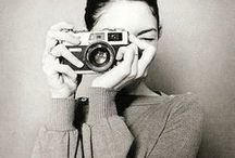 People + Cameras / People with cameras, nikon, canon, leica, rolleiflex, famous people, celebrities, actors and actresses, artists and photographers, architects and designers
