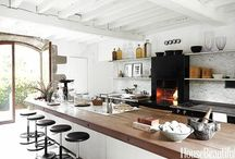 Kitchens / by Anneliese Elrod