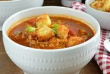 Winter Feast / Warm up with a spicy stew or a hearty tailgate dish.