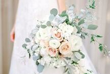 Fantastic Florals // flowers+bouquets / spring and summer wedding flower inspiration // bouquet, flowers, floral design, wedding bouquets, peonies, hydrangeas, roses, pink, wedding inspo, wedding inspiration, flower arrangements, floral arrangements, white, summer, spring, blossoms, blooms, fresh flowers