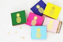 Hawaii Destination Wedding Bags / Hawaii wedding inspiration and welcome bag gifts.
