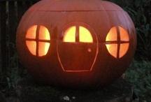 Halloween Parties / by Carmen Konochowa-Miles
