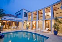 Architecture & Design / by Yolandi Barnard