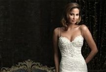 Say yes to the dress! / by Yolandi Barnard