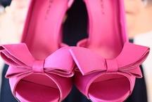 I love shoes / by Andreia Nunes