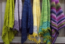 Knitting scarves, shawls, cowls / by Valentina Carlo