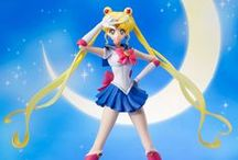 Sailor Moon Figures, Toys and Models / Gallery for the brand new official Sailor Moon models / figures from the Tamashii Nations S.H. Figuarts, Figuarts ZERO and other series! More info here http://www.moonkitty.net/buy-bandai-tamashii-nations-sailor-moon-sh-figuruarts-figures-models.php