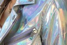 TRENDY HOLOGRAPHIC