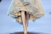 Les Vêtements / by Lisa Hoang