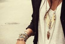 Street Style / by Jessica Mendiolea
