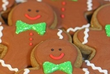 gingerbread / smells so good, you just have to eat it