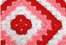 Granny Square / by Jeane Looij