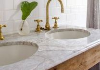 Carrara Marble with Brass / Cool and warm